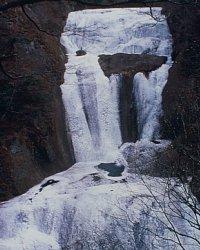 袋田の瀧冬